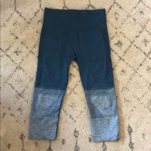 Barely worn Lululemon crop leggings